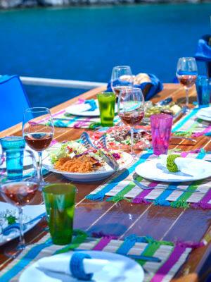 Godiva Sailing gedekte tafel lunch