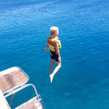 Spring in het water vanaf de Cennetioglu